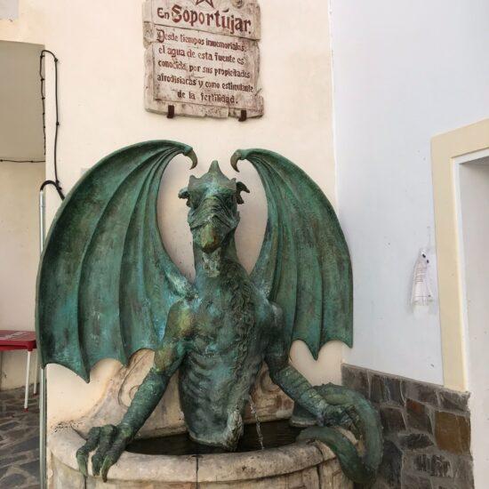 Foto Soportújar fuente del dragón